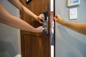 Residential Locksmith Services (818) 272-8549
